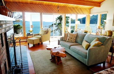 30 ft of waterfront views looking over Howe Sound.