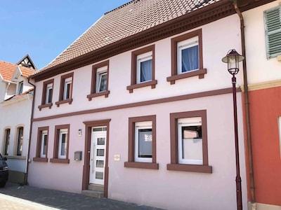 Villa Kerzenheimer Tor Außenansicht