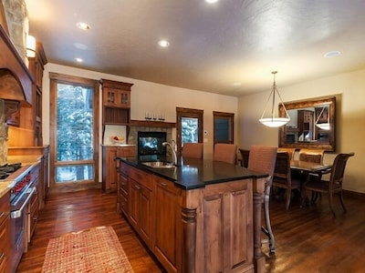 Kitchen - Dining seats up to 11-12 plus 2 more at nearby wet bar