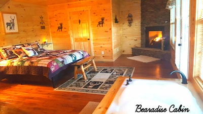 Rustic Elegance, Mountain Views, Prime Location, Great Rate, 2 bedrooms