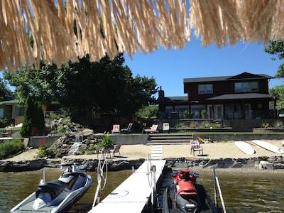 Lakefront Executive Basement Suite!!