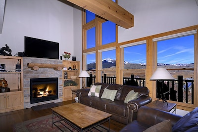 gorgeous view windows in tall living room