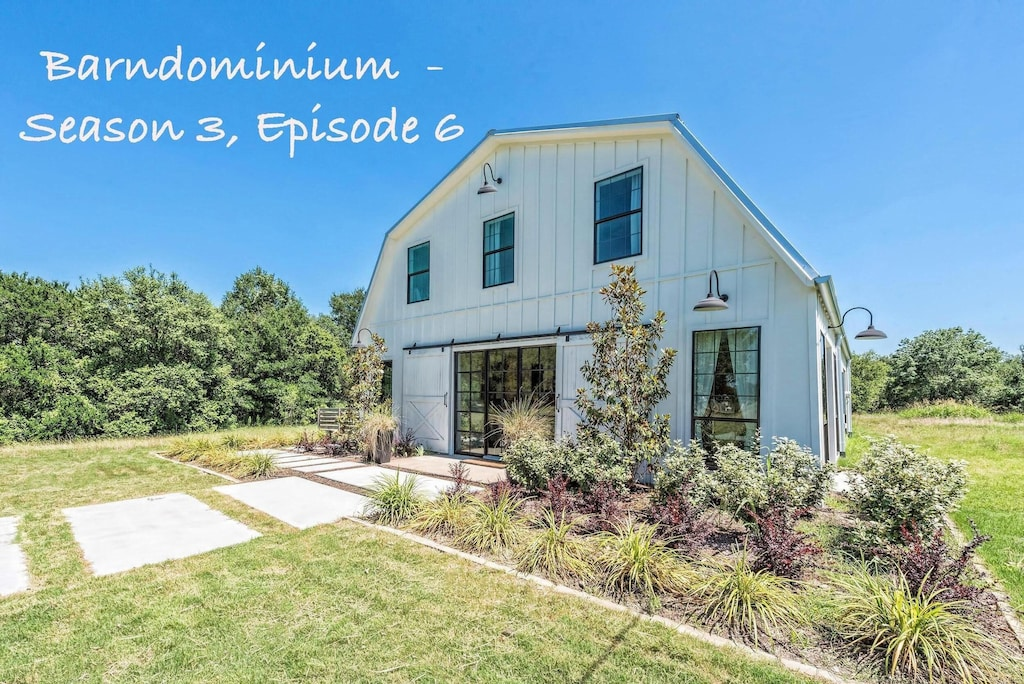 Fixer Upper S Original Barndominium Sits On Private 16 Wooded Acres Lake Lacy Lakeview