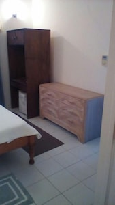 One bedroom Air Condition apartment fully furnished.