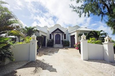 Entrance to Spring Bay Villa