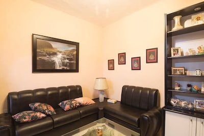 Airconditioned centrally located 2 bedroomed apartment in Marsalforn, Gozo