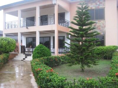 Main Entrance/Front Garden