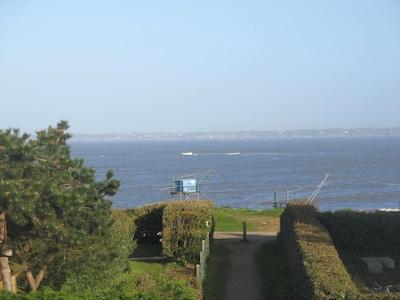 vue sur la mer depuis  la grande chambre, à l'étage