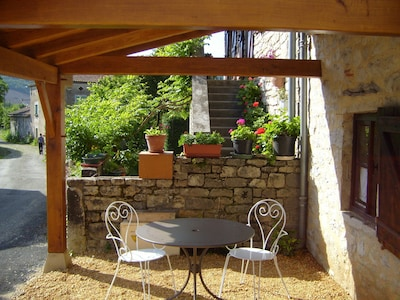 Petite terrasse au soleil levant