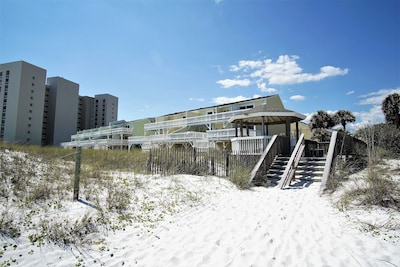 Beach facing units.  My unit is 200 yards behind these.