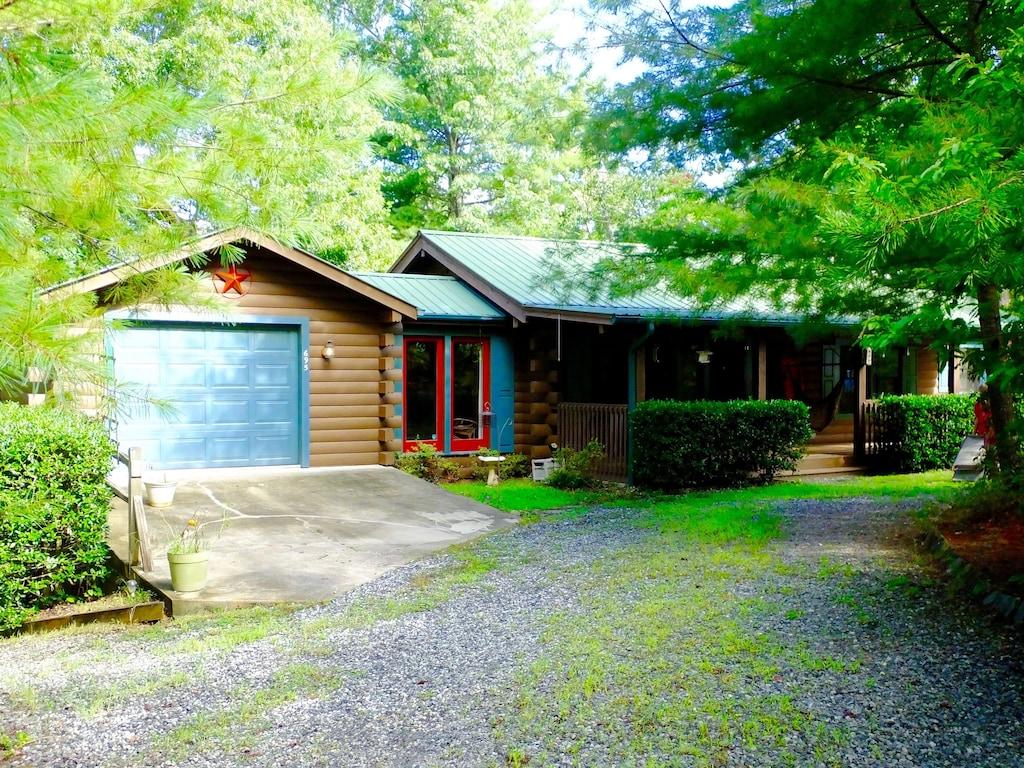 Cozy Log Cabin In Riverbend Lake Lure North Carolina