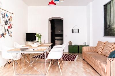 In unserem Apartment warten 62 qm moderne Gemütlichkeit auf unsere Gäste.