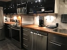 Well-equipped kitchen has everything you need except a sous chef!