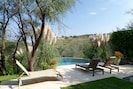 Exquisite Modern with amazing views, private pool, maid, garage, walk to all.