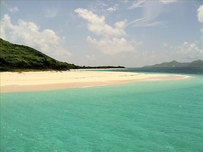 The turquoise waters of St Croix call to you to come experience.
