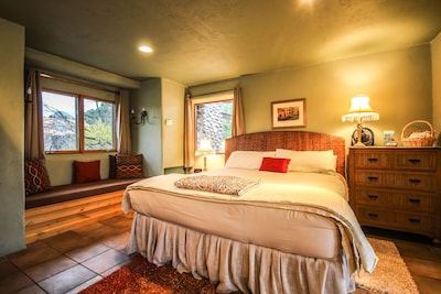 Enjoy a king size bed and find Serenity.