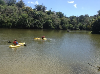 2 MINUTES AWAY FISHING AND CANOEING