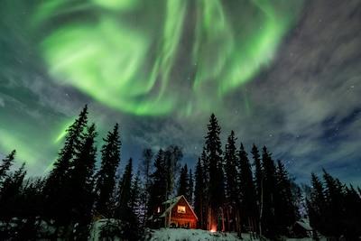 Jan 2016 Aurora Borealis over Moose Walk Cabin