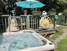 Hit Tub Off Deck With Safety Gate