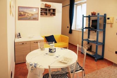tranquillo monolocale panoramico con terrazzo e wi-fi