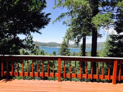 Expansive views can be admired from either of 2 spacious decks.