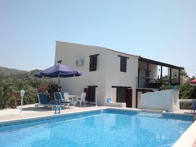 Akapnou, Chypre