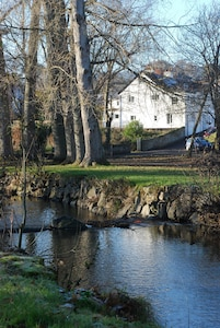 Peaceful Period Cottage