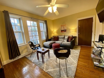 Welcome to the Beckmann, across the street from magnificent historic Tower Grove Park.
