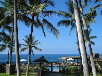 The oceanfront pool is 1 of 3 pools at Kanaloa