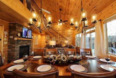 Enjoy the amazing open living and dining area!