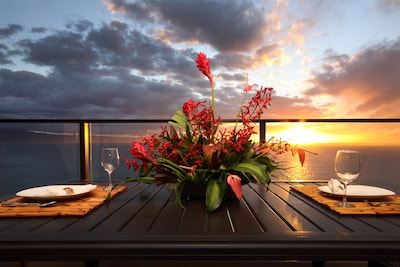 Romantic sunsets from the private lanai