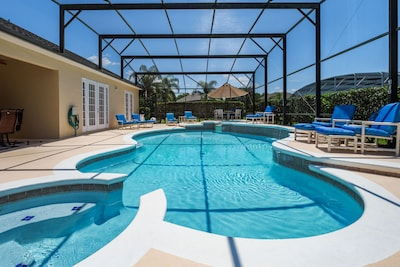 40 foot pool with kiddies pool and jacuzzi