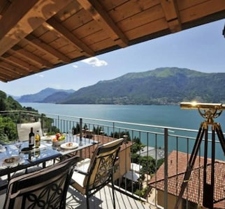 Gorgeous mountain and lake views from the balcony!