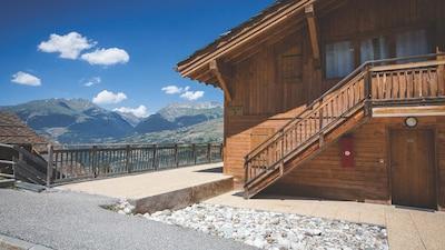 Appartement de luxe 2 chambres dans un chalet, 55m2 dans le village Les Coches