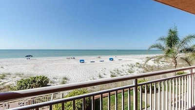 Chateaux, Indian Shores, Florida, United States of America