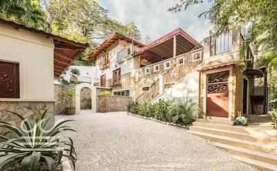 Casa de la Luna; home from home