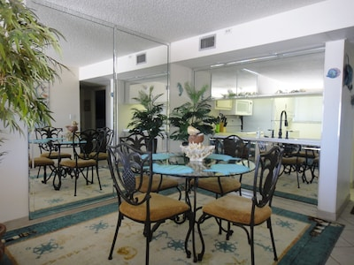 THE DINNING ROOM GULF VIEW
