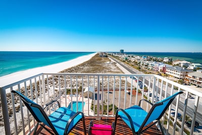 Spectacular views from the balcony overlooking both the Gulf and the Bay
