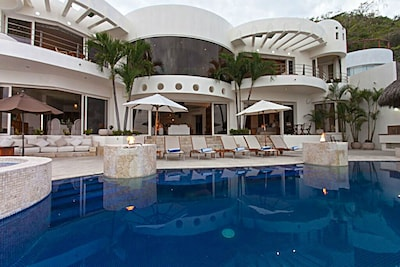 Welcome to Villa Esplendora!