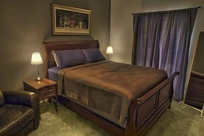 The Barn - Master bedroom