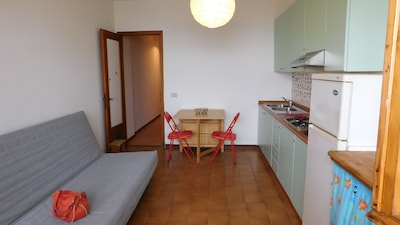 Sea scent, lovely seafront apartment