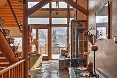 The lovely Brian Head cabin boasts tasteful, rustic decor.