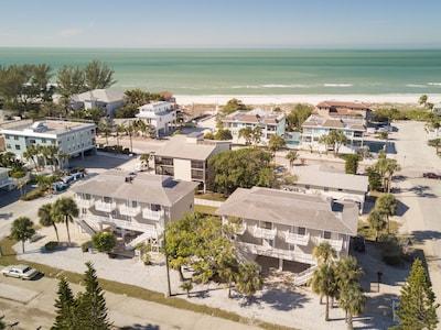 Holmes Beach Condo