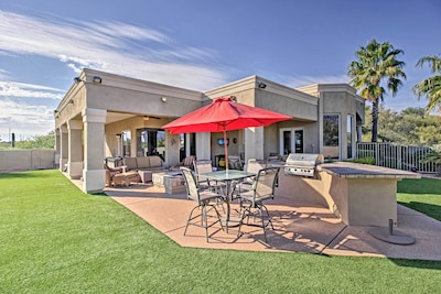 Rest and relax in the incredible backyard spot - a perfect place to enjoy those Arizona afternoons!