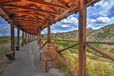 Located on 160 acres, this vacation rental promises a fantastic getaway!