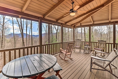 Cashiers Vacation Rental | 4BR | 3.5BA | 2,800 Sq Ft | Steps Required | Winter