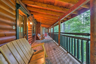 Immerse yourself in the woods when you stay at this cabin.