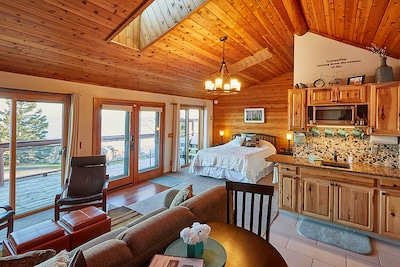 Schroeder Vacation Rental | 'Tranquility' | 1BA | Studio | Stairs Required