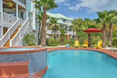 Have fun in the sun at this Murrells Inlet vacation rental house!