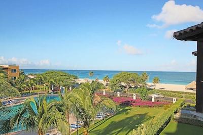 Amazing, panoramic, exquisite, turquoise ocean view!